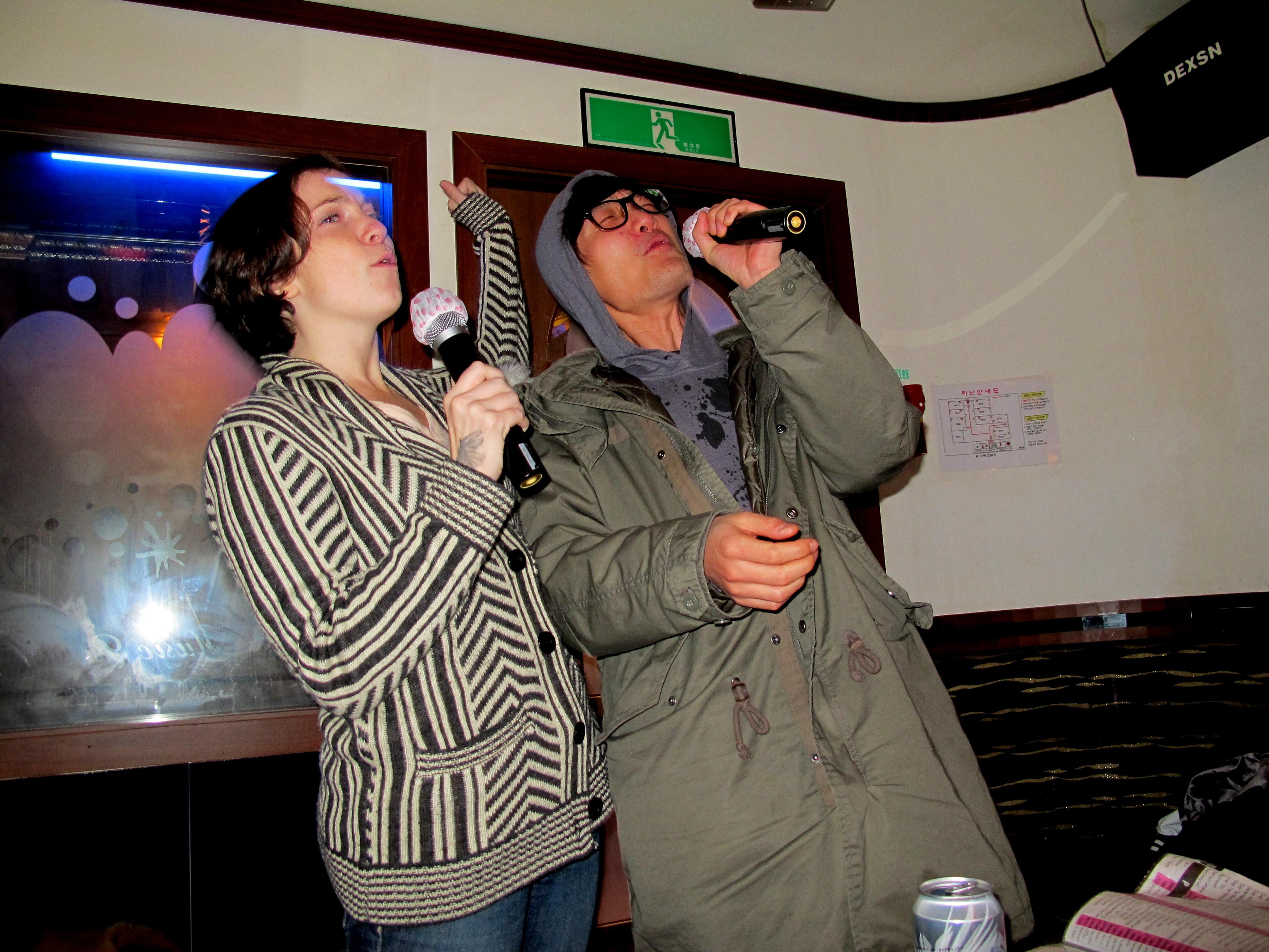 Amateur korean karaoke club 4